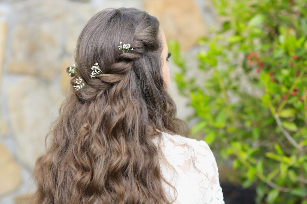 HAVE A FAIRY TALE PROM WITH A PRINCESS HAIRSTYLE